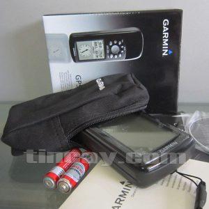 máy định vị GPS Garmin 72H dùng hai pin AA