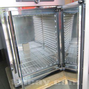 Tủ ấm Memmert IN 260 (bên trong tủ)