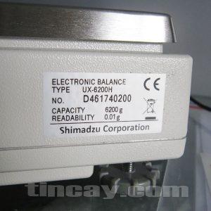 Cân điện tử Shimadzu UX 6200H (thông số trên cân)