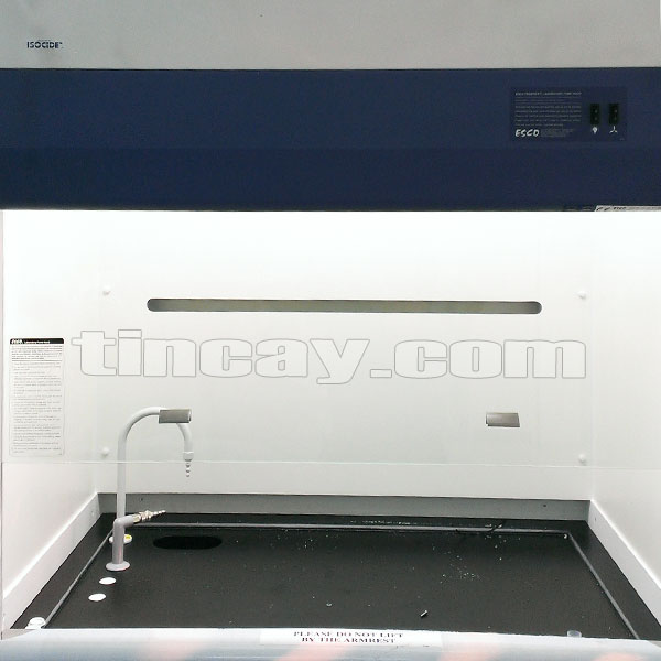 Bên trong Tủ hút khí độc ESCO EFH-4A8