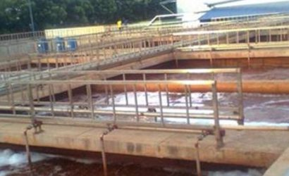 khu nhà máy dùng vi sinh xử lý nước thải